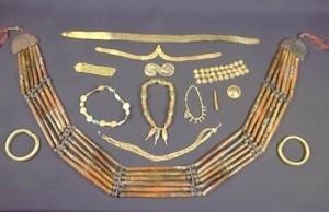 На Волині на території гімназії знайшли скарби часів князя Володимира