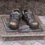 Пам'ятник людині-невидимці