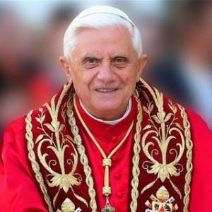 Папа Бенедикт XVI зрікся Престолу