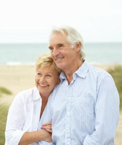 Люди живуть довше, але чоловіки все одно відстають від жінок, говорить дослідження