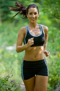 Енергійна ходьба і біг запобігають розвитку гіпертонії і діабету