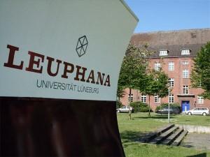 Університет Лойфана в Люнебурзі