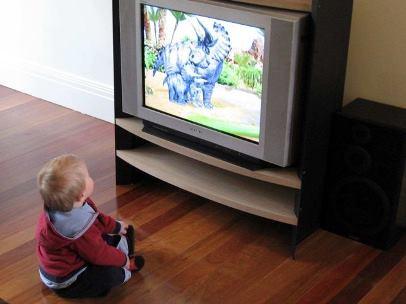 Телевізор робить з дітей аутсайдерів і двієчників