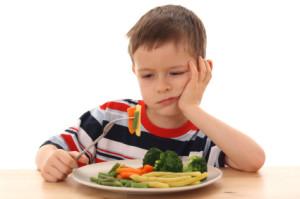 Дитина їсть - Шкільне життя