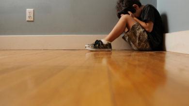 Photo of Батьки самостійно можуть помітити перші ознаки аутизму у дитини