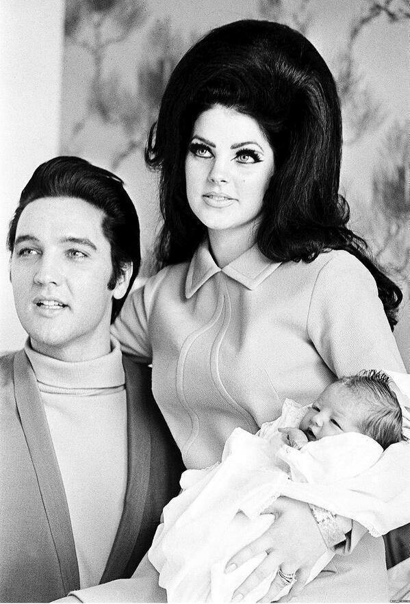 Елвіс і Прісцилла Преслі з Лізою Марією
