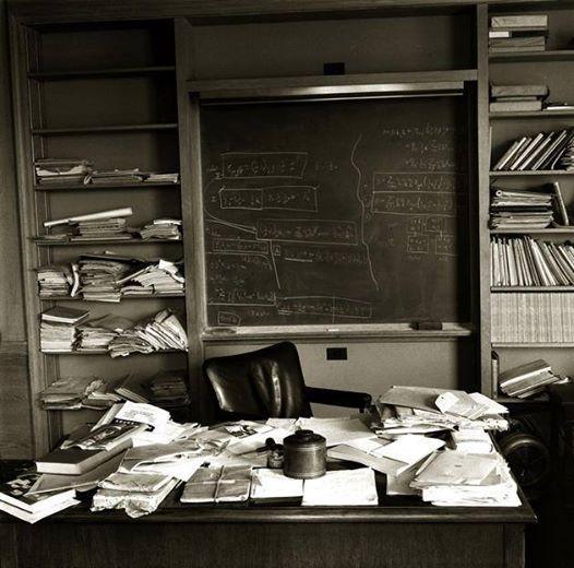 Офіс Ейнштейна в Нью-Джерсі, фотографія у день його смерті, 18 квітня 1955