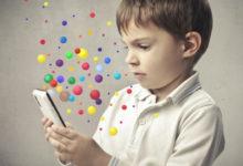 Дитина із смартфоном - Шкільне життя