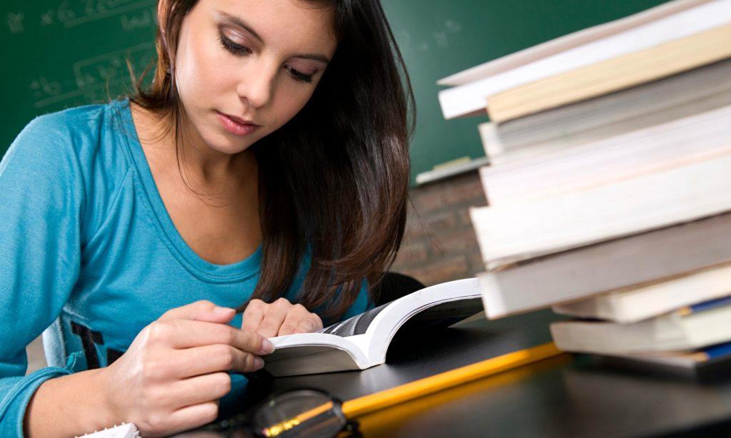 Студент - Шкільне життя