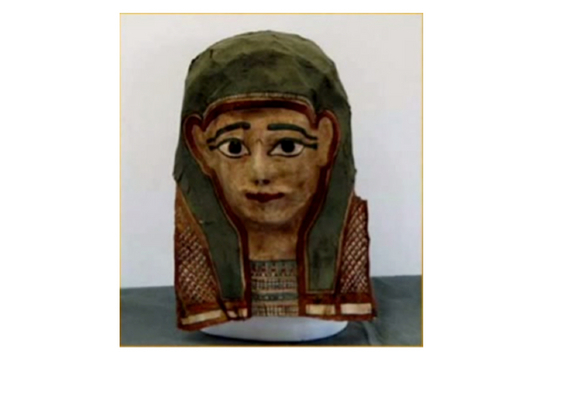 Маска мумії - Шкільне життя